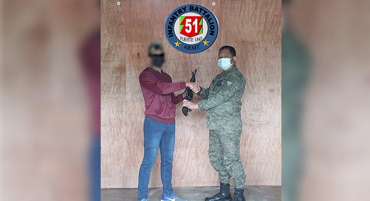 Due to Incompetent Leader, a DI-MG member surrenders with his Rifle to 51st IB in Lanao del Sur